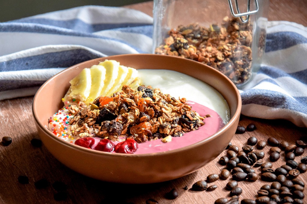 granola-yogurt_007.jpg